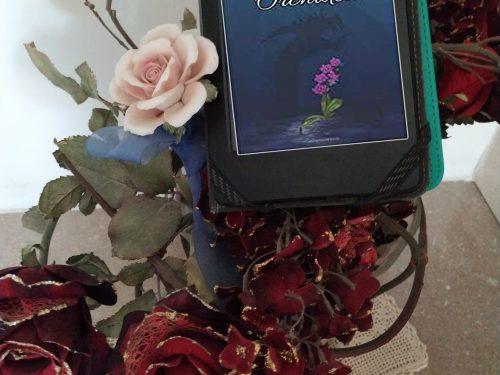 'L'ultima orchidea' di Lavinia Vi – recensione